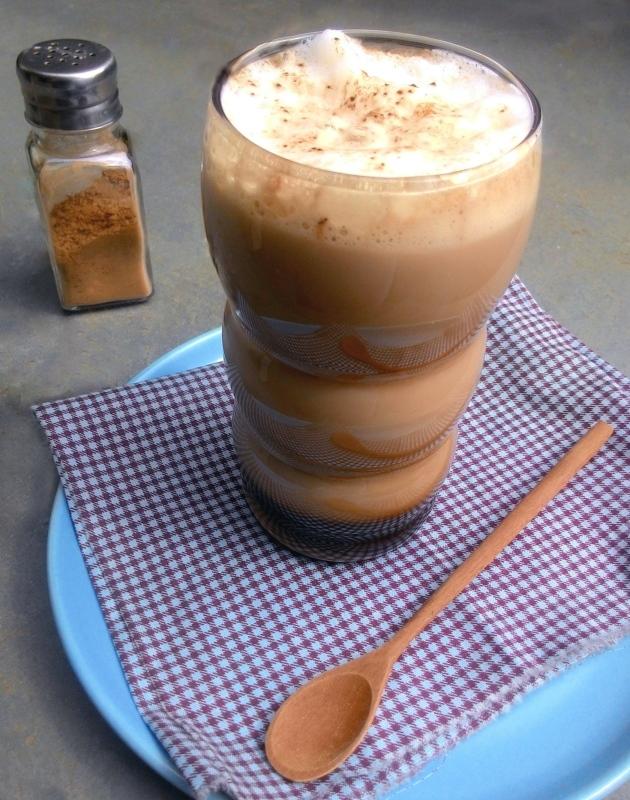 CaffeMochaComEspumaDeLeite_CozinhandoPara2ou1