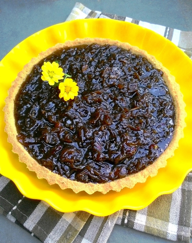 TortaDeCebolasCaramelizadasComBaseDeGraoDeBico_CozinhandoPara2ou1