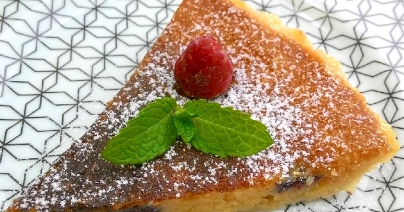 Torta frangipane com framboesas