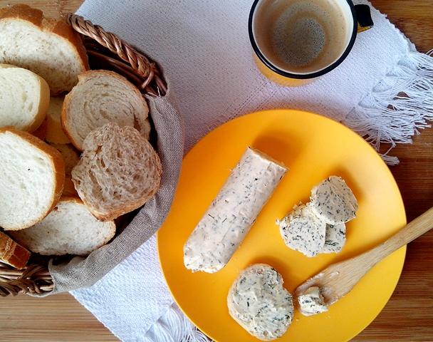ManteigaDeErvas_CozinhandoPara2ou1