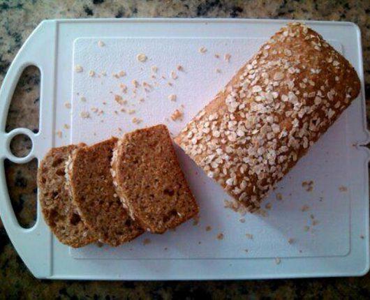 Pão de forma integral com aveia e mel (liquidificador)