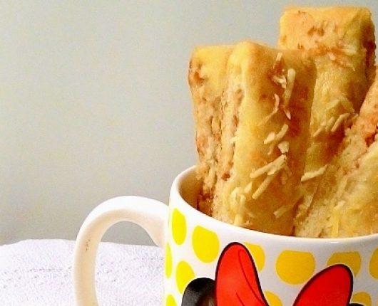 Breadsticks de pepperoni (tiras de pão com pepperoni)
