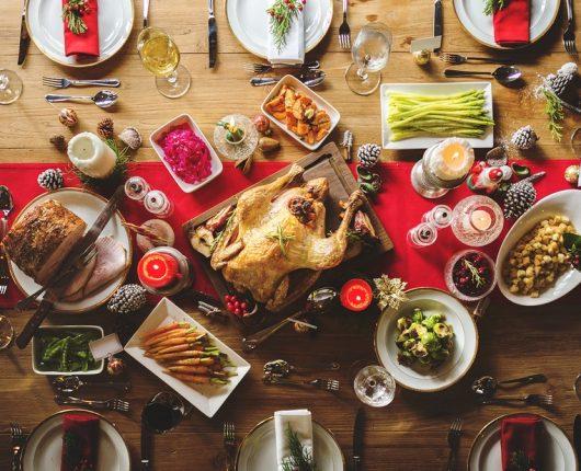 Dicas da Nutri: menos regras e mais atenção para a alimentação nas festas