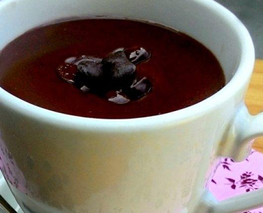 Chocolate quente cremoso fácil