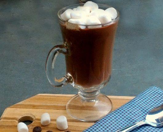 Choconhaque (chocolate quente com conhaque)