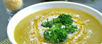 Sopa creme de brócolis (vegana)