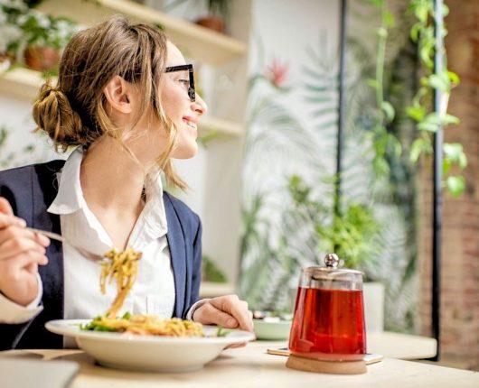 Dicas da Nutri: Como voltar a comer normalmente