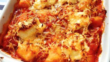 Nhoque gratinado com queijo cremoso