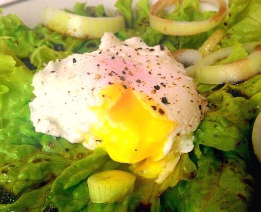 Como fazer um ovo pochê perfeito