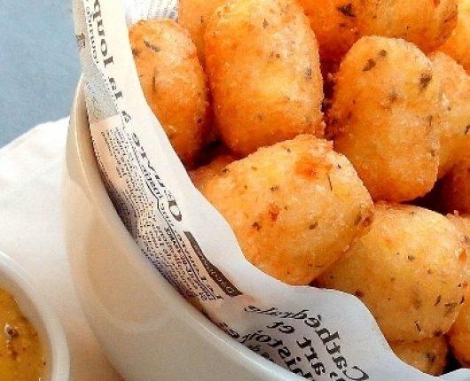 Receita de tater tots (bolinhos americanos de batata)