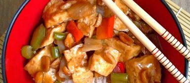 Tofu xadrez (versão vegana de frango xadrez)