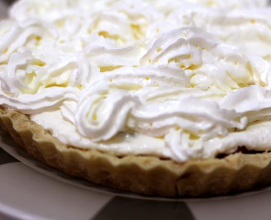 [VÍDEO] Banoffee pie (torta de doce de leite, banana e chantilly)