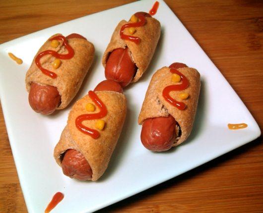 Cachorro quente de forno (enroladinhos de salsicha)