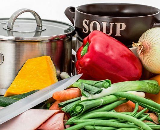 Como substituir corretamente uma refeição por sopa