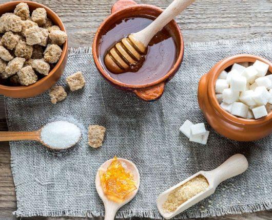 Dicas da Nutri: como substituir o açúcar refinado