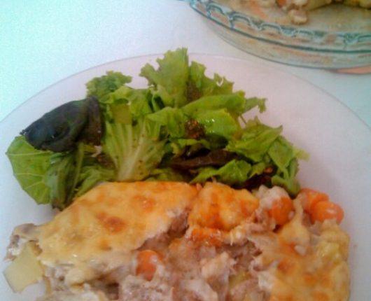 Atum gratinado com legumes