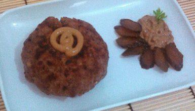 Boulette (hamburgão de Berlim, também conhecido como Frikadelle)