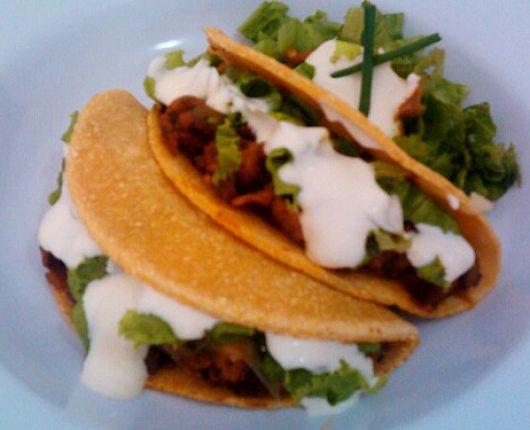 Tacos de pollo caliente (frango apimentado)