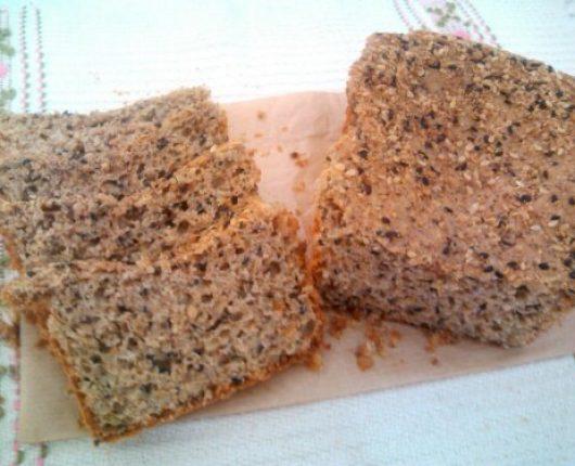Pão orgânico de grãos (no liquidificador)