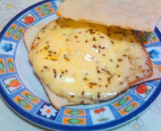 Pão com ovo diferente