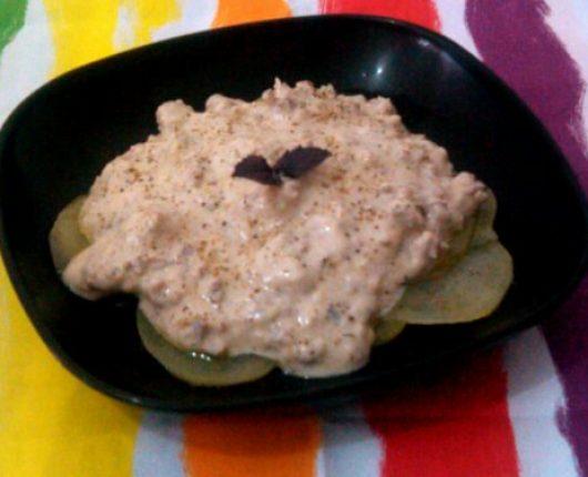 Galetes de batata com carne moída ao requeijão