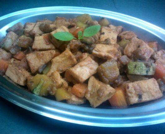Picadinho de frango com legumes